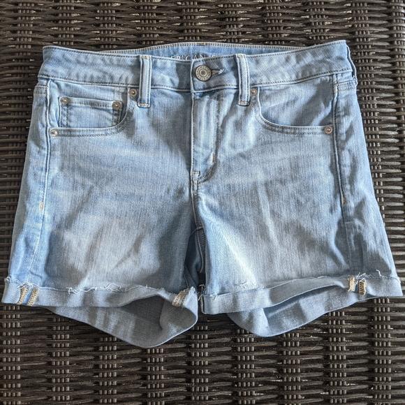 🔥 American Eagle Midi Shorts